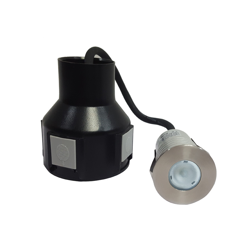 Small size LED step light